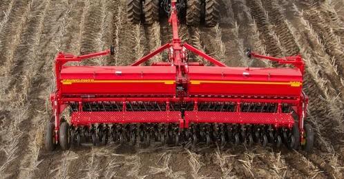 smSF-9421-grain-drill-011-e1383075463702 Image 1