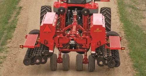 smSF-9421-grain-drill-03-e1383075485335 Image 4