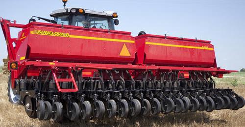 smSF-9610-grain-drill-02-e1383074657403 Image 1